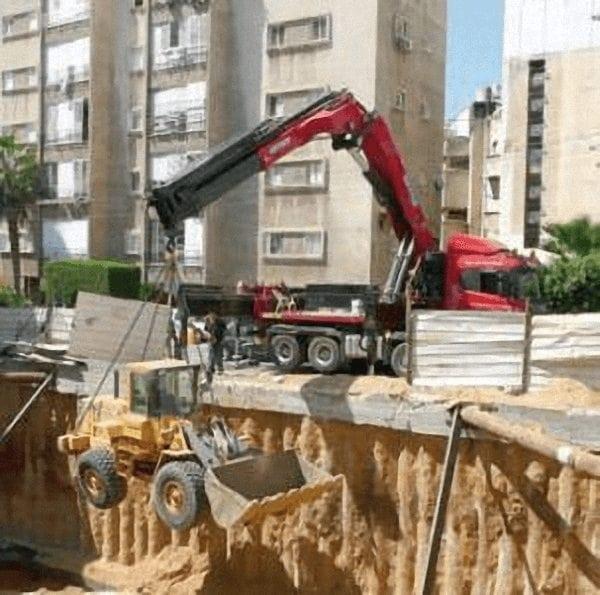 Camiones grua en Burgos para construccion