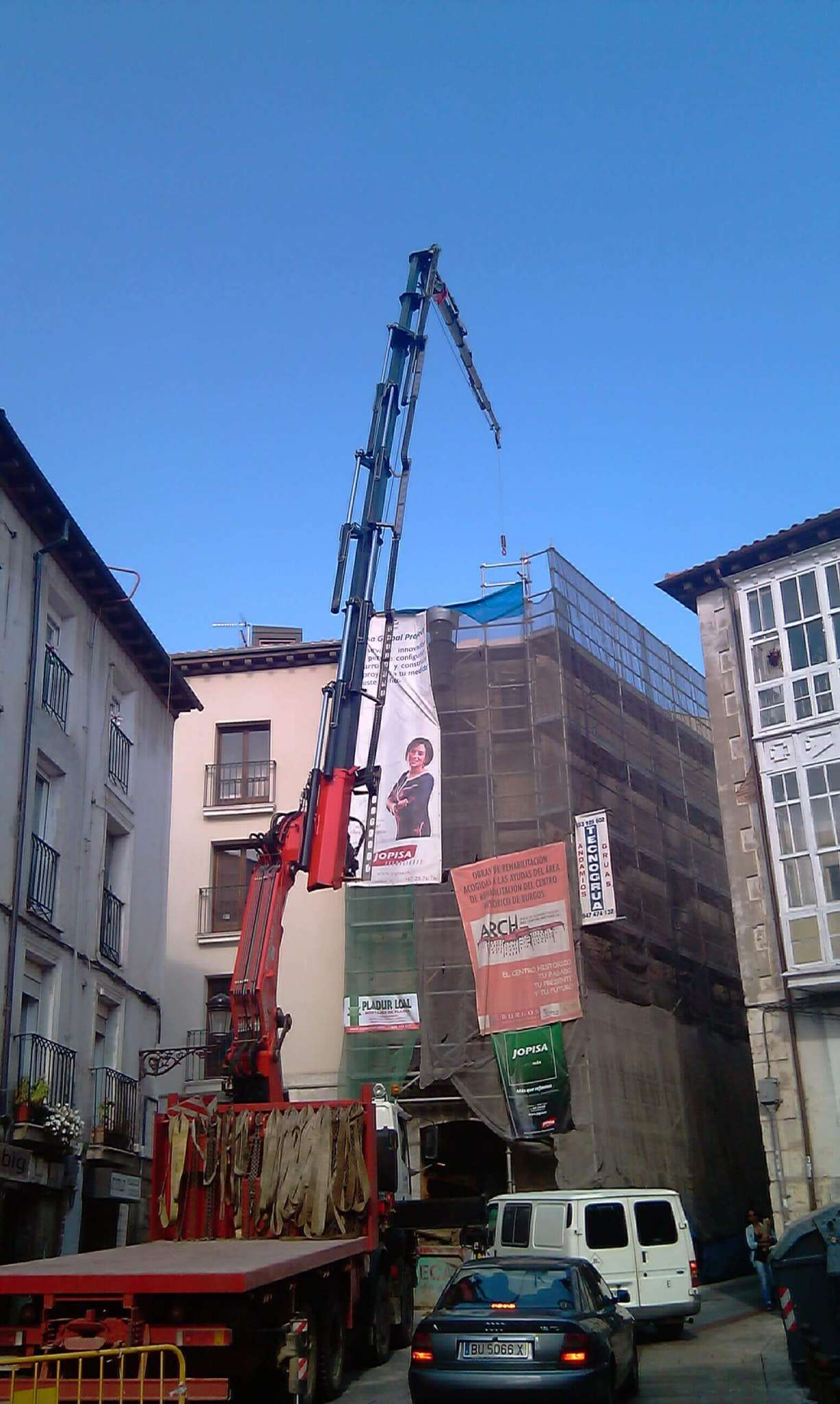 Empresas con camion pluma fija en Burgos