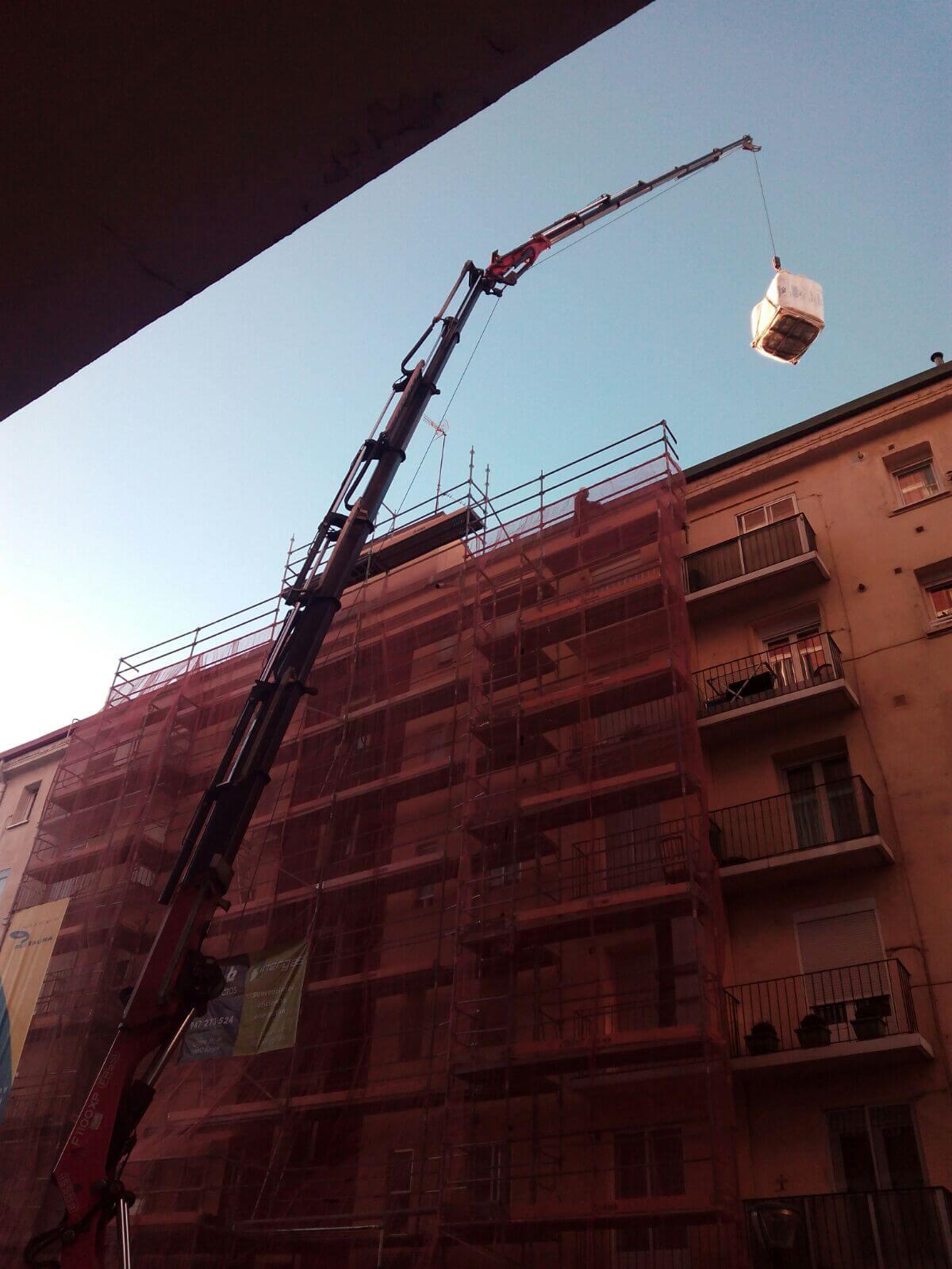 Plataformas elevadoras de personal sobre camion en Burgos