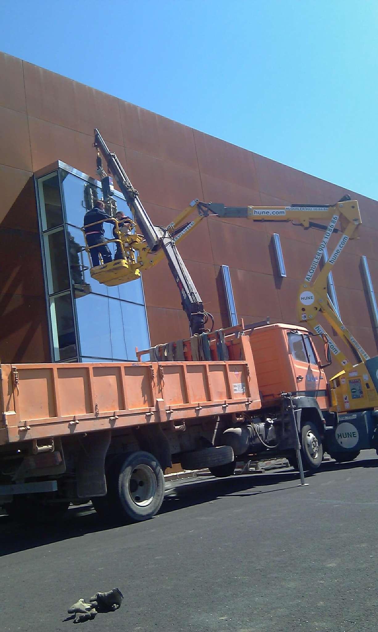 Precio alquiler camion pluma Burgos