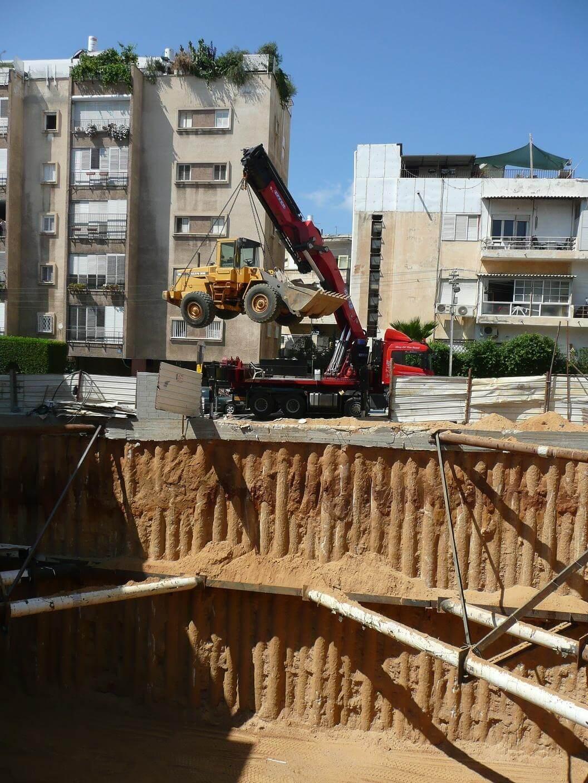 Trabajos profesionales empresa de camiones grua en Burgos