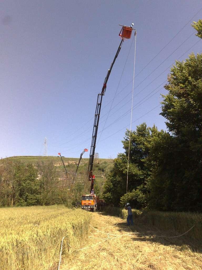 Camión grúa Burgos para Izaje Transporte de carga pesada