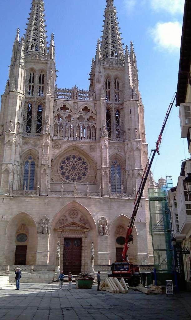 alquiler Camiones grúas autocargantes Burgos