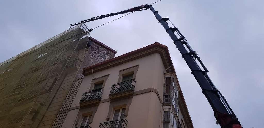 alquiler camión grúa Burgos